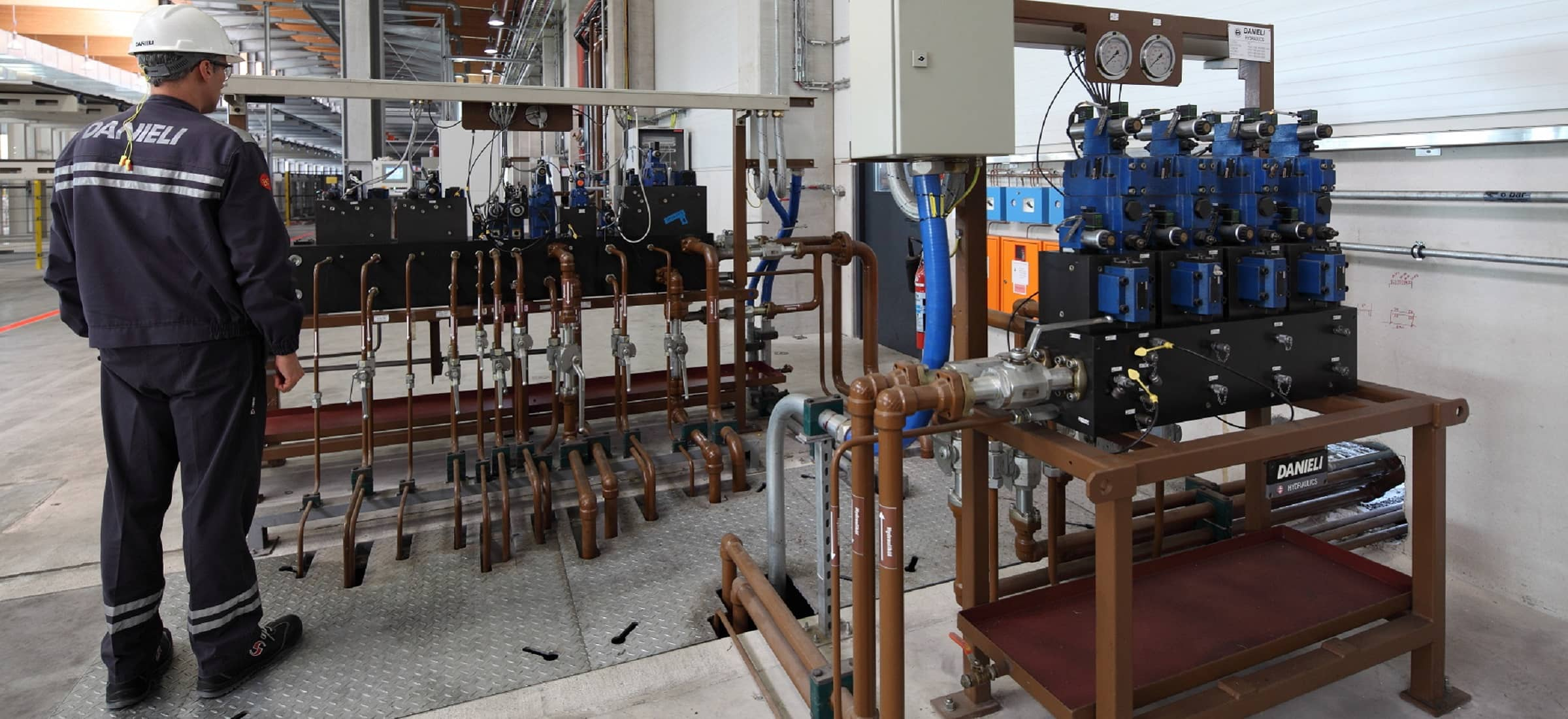 Products › Cross › Valve Stands and Valve Manifolds Modular Valve Stands  designed ‹ Danieli
