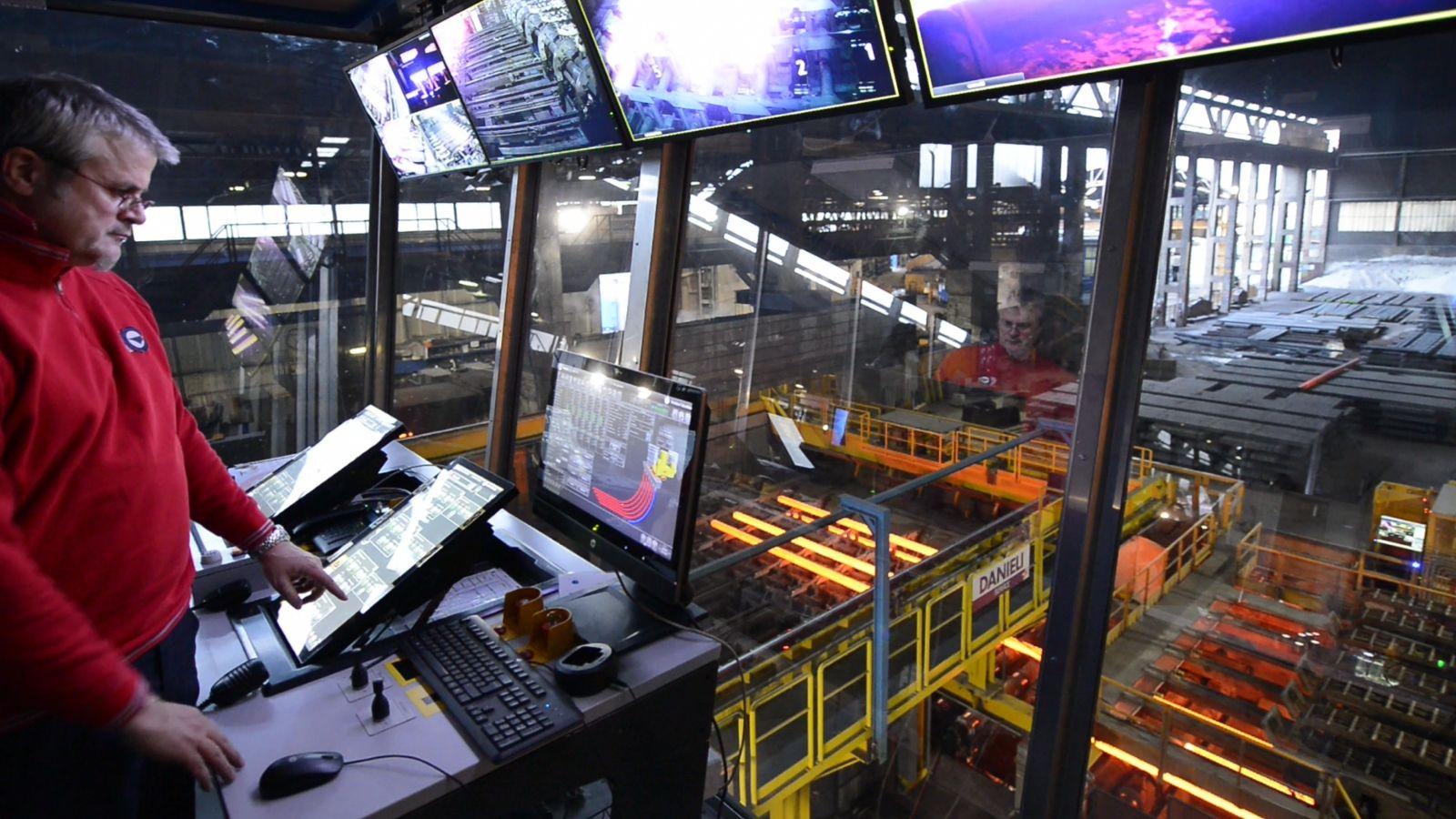 Danieli billet caster process control pulpit during the plant restart